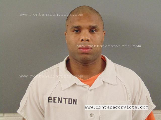 Timothy Denyelle Benton - 3015821
